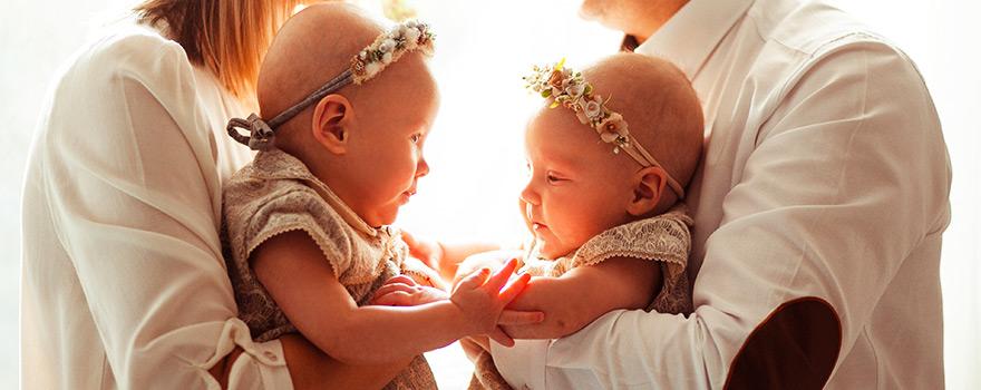 İkiz bebekleri büyütürken nelere dikkat edilmelidir ?